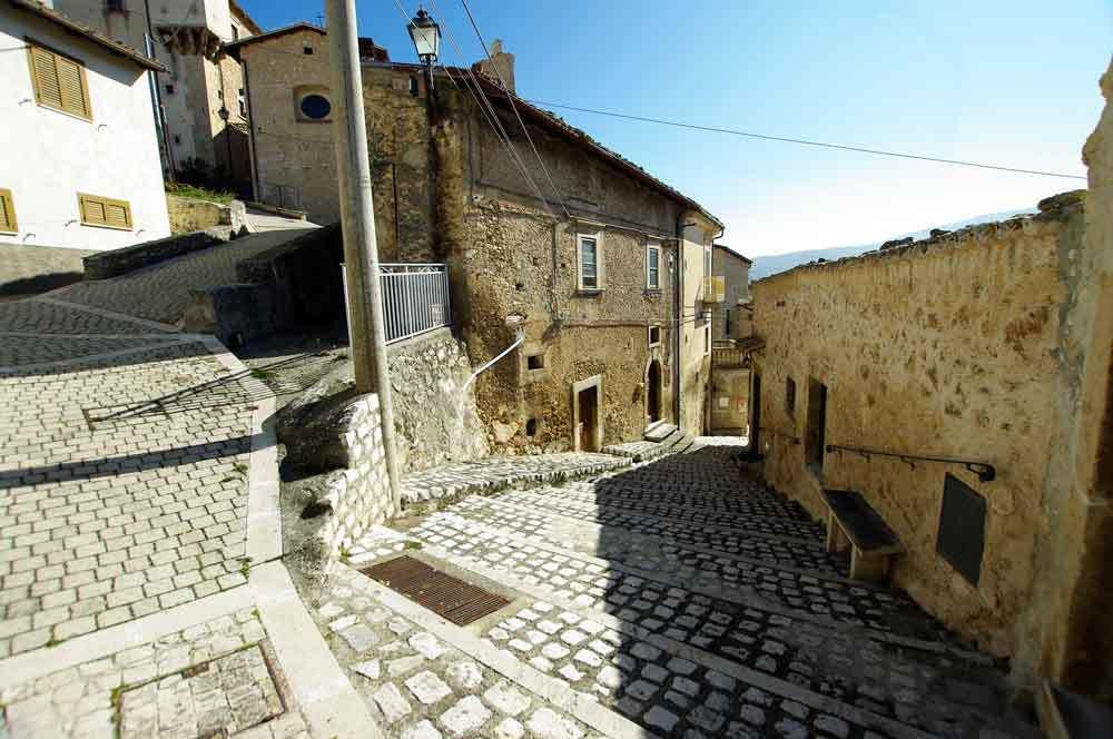 Borgo-di-Navelli-11