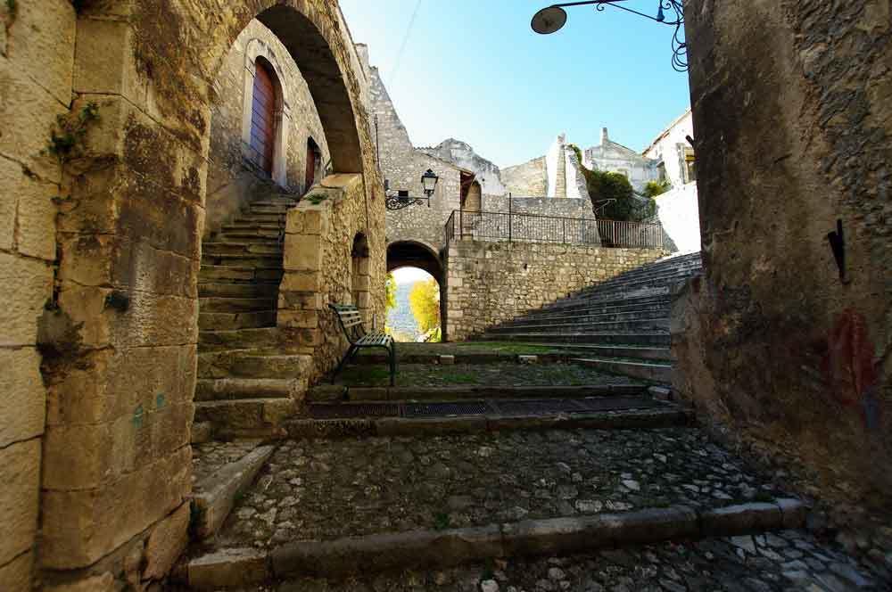 Borgo-di-Navelli-30