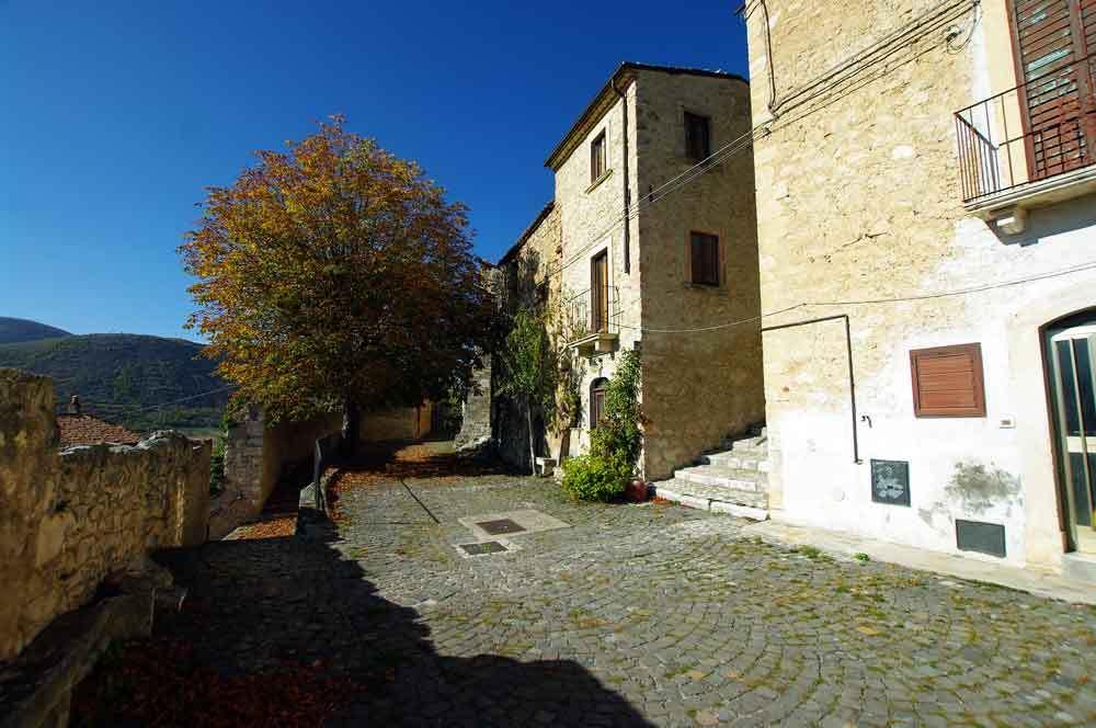 Borgo-di-Navelli-32