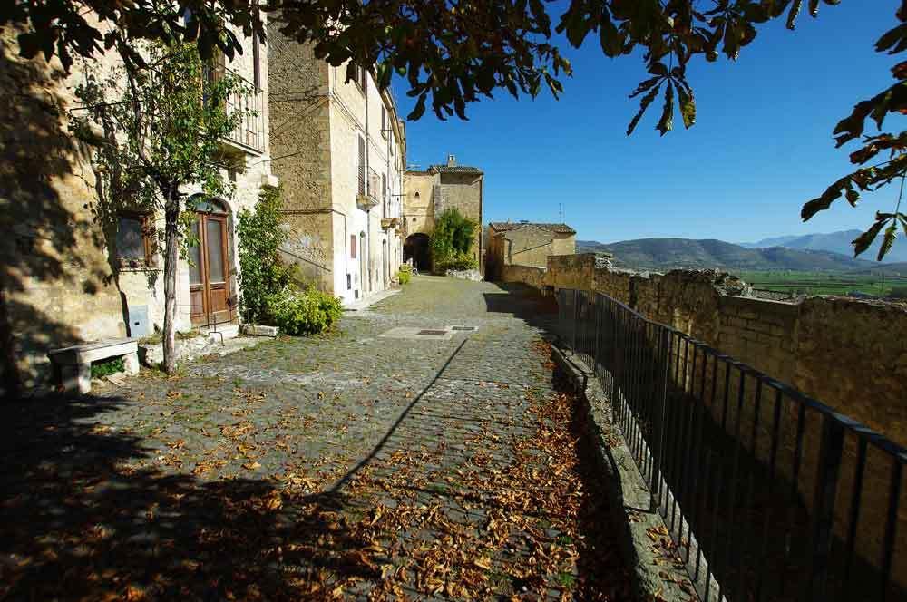 Borgo-di-Navelli-33