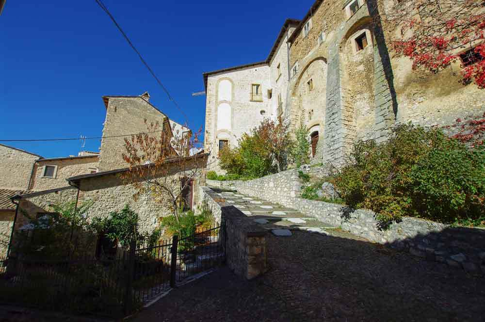 Borgo-di-Navelli-36