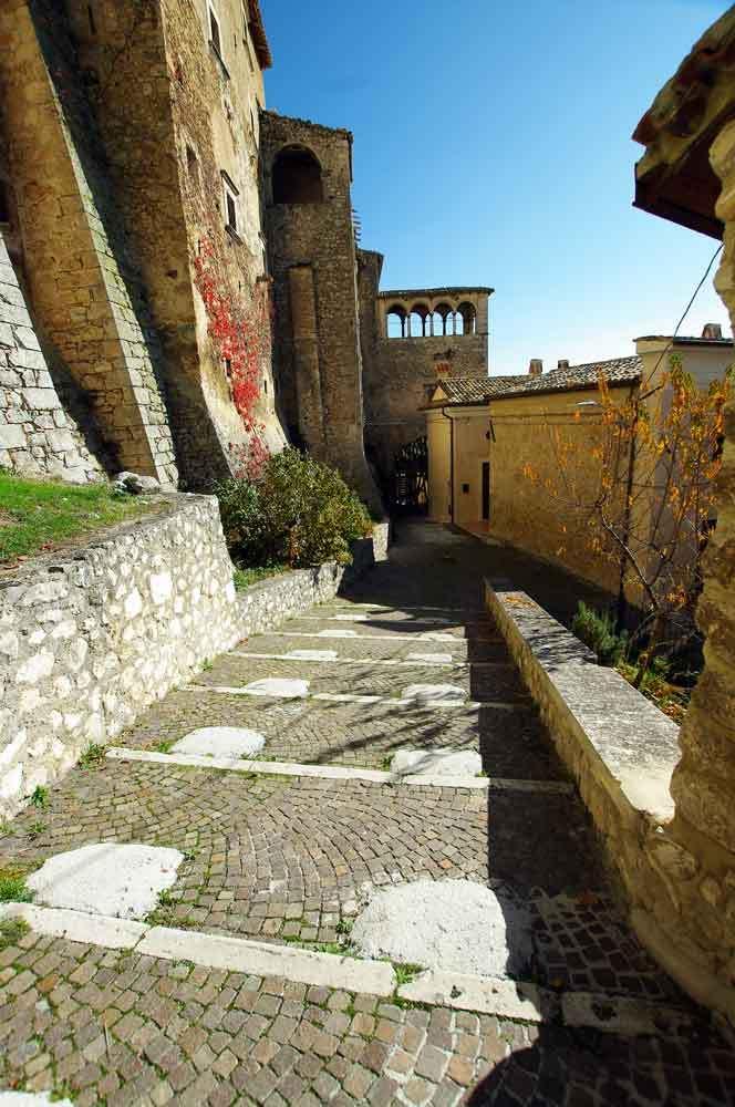 Borgo-di-Navelli-38